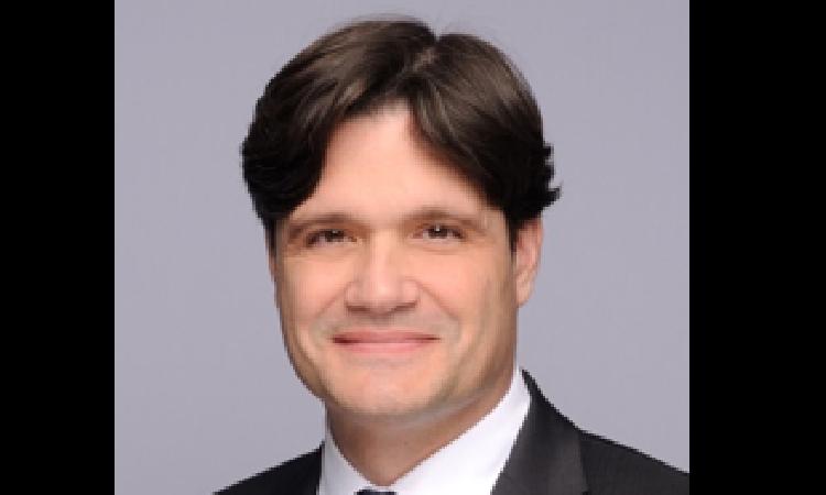 Allen & Overy coopte un nouvel associé en droit immobilier  et renforce son expertise immobilière nationale et paneuropéenne
