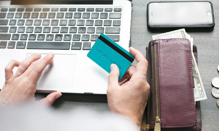 Quels sont les avantages de la banque en ligne?
