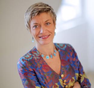 Isabelle Leroux, associée chez Dentons, entre Paris et Dubaï