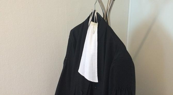Aide juridictionnelle : les avocats passent aux menaces