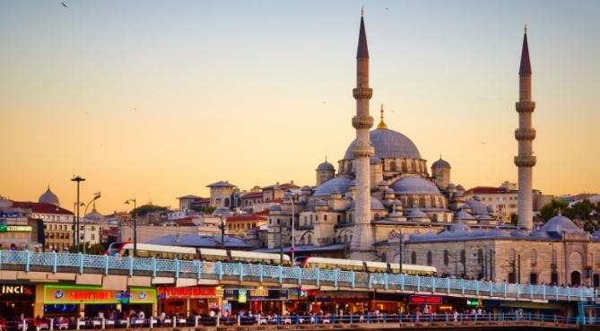 Avocats : la Turquie continue les arrestations