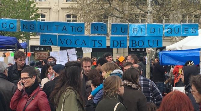 Avocats Debout : le réveil des consciences ?
